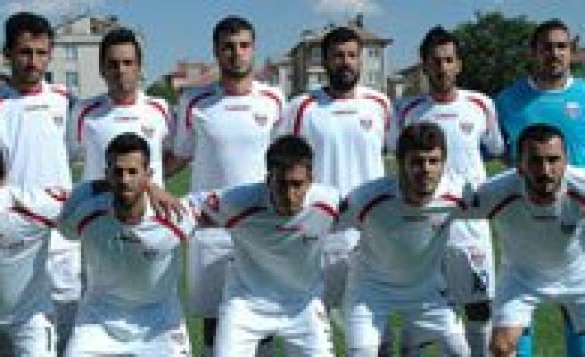 Karaman Belediyespor, Lider 68 Yeni Aksaray Maçina Hazirlaniyor