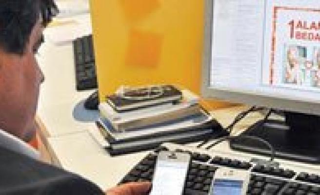 Reklam SMS Ve E-Posta`lara Sinirlama Geliyor!