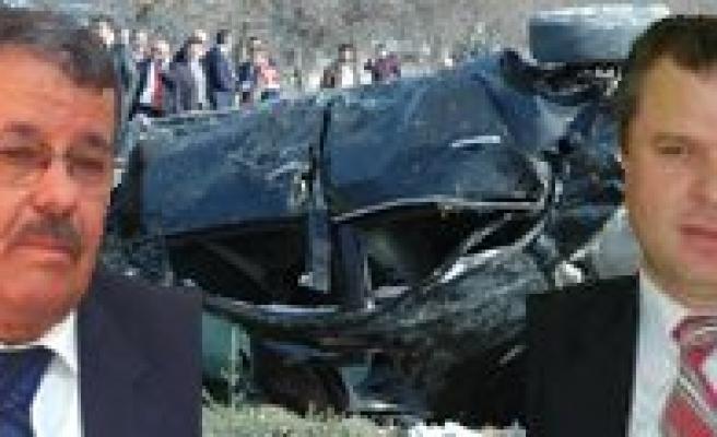 Kâzimkarabekir Ilçesini Yasa Bogan Kazada 3 Ölü