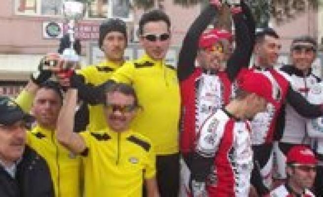 Gençlik Spor Bisiklet Takimi 2. Oldu