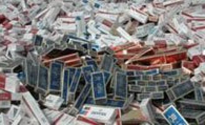 Tir'da Bin 250 Paket Kaçak Sigara Ele Geçirildi