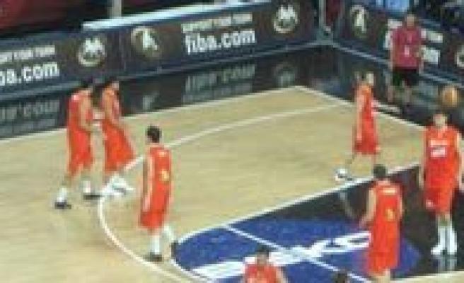 Il Özel Idare Basketbol Genç Erkek Takimi Mersin'den Döndü