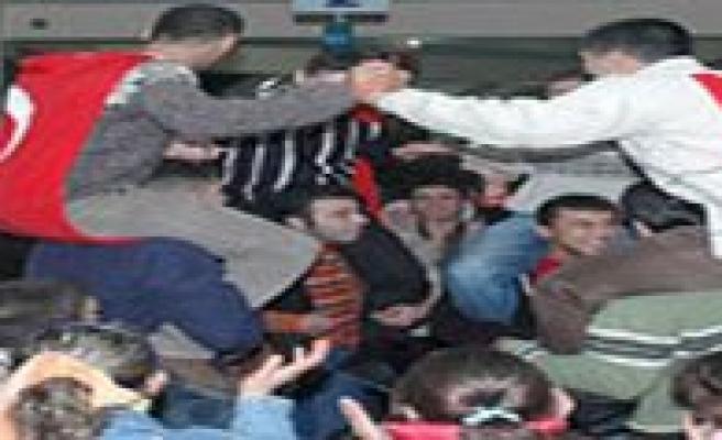 93 Dogumlu Gençleri Mayis Ayinda Ugurluyoruz