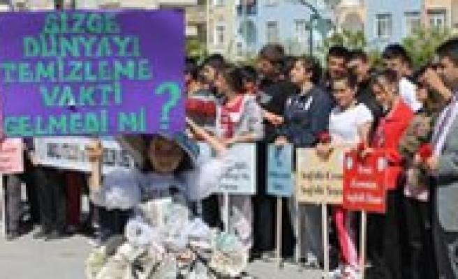Meslek Liseleri Karaman'i Temizliyor