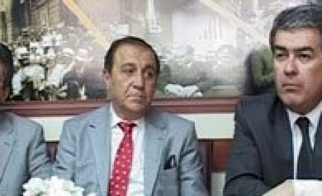 CHP'li Batum'dan AP Sosyalist Grup Baskani Hannes Swoboda'ya Agir Elestiri