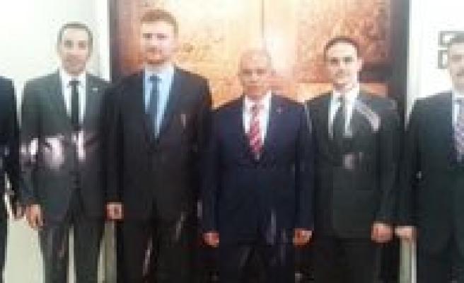 Türksat'tan Baskan Çaliskan'a Ziyaret