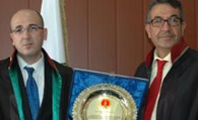 Baro Baskani Yilmaz Görevi Devraldi