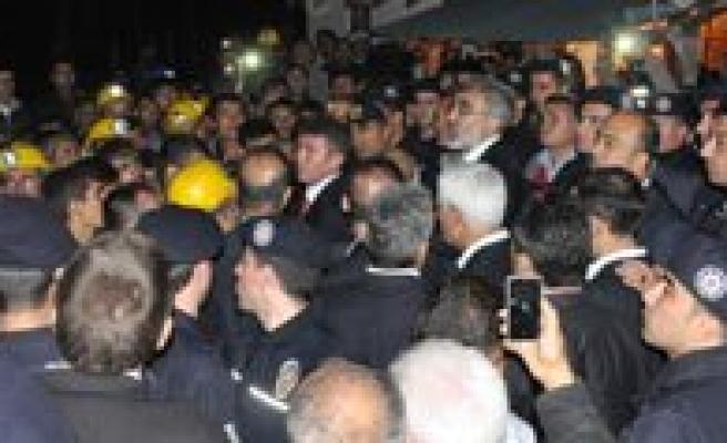 Bakan Yildiz'dan Isçilere Ve Yakinlarina Açiklama