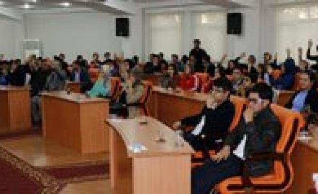 Gençlik Meclisi Yeni Baskanini Seçti
