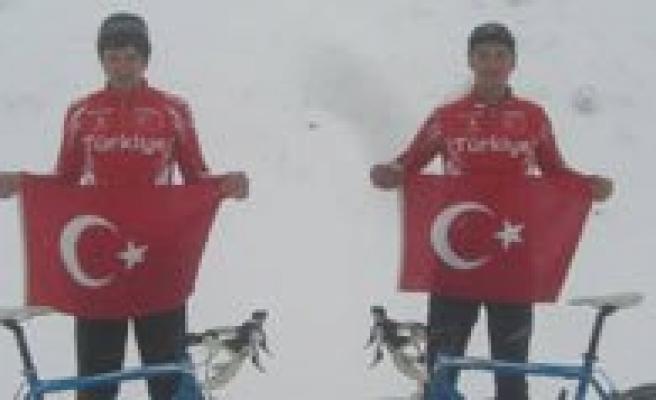 Karamanli Bisikletçilere Milli Görev