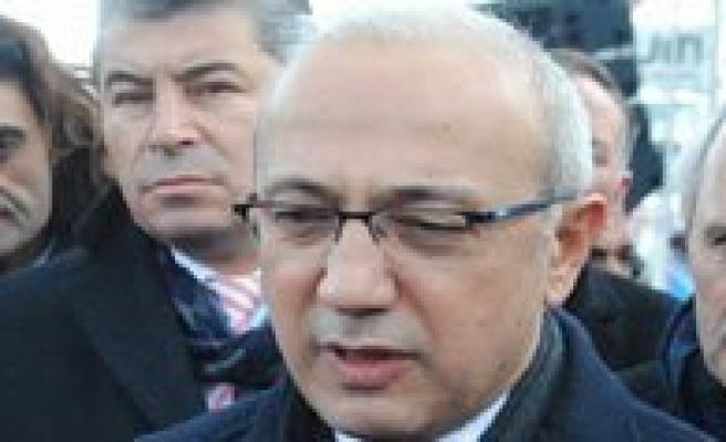 Bakan Elvan Açikladi: Karaman'a Kablolu Yayin Bu Yilin Sonunda Geliyor