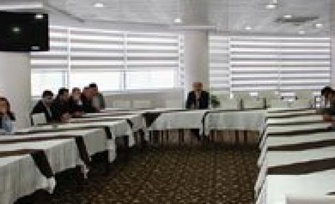 KMÜ'de 'Küfür Ve Sirk ' Kavramlari Konusuldu