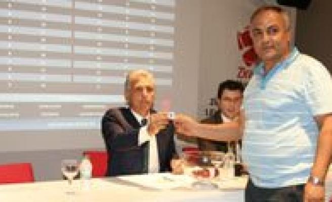 Türkiye Kupasi`nda 1. Eleme Turu Kura Çekimi Yapildi. Karaman Belediyespor'un Rakibi Kozan Belediyespor Oldu