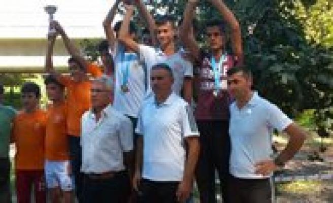Karamanli Atletler Güven Tazeledi