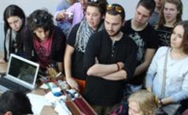 Gençlik Merkezi Yabanci Misafirlerini Agirladi