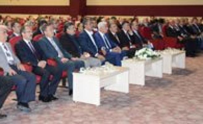 Uluslararasi Beylikler Sempozyumu Karaman'da Basladi
