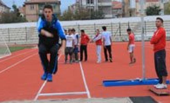 Genç Atletler Gelecek Vaat Ediyor