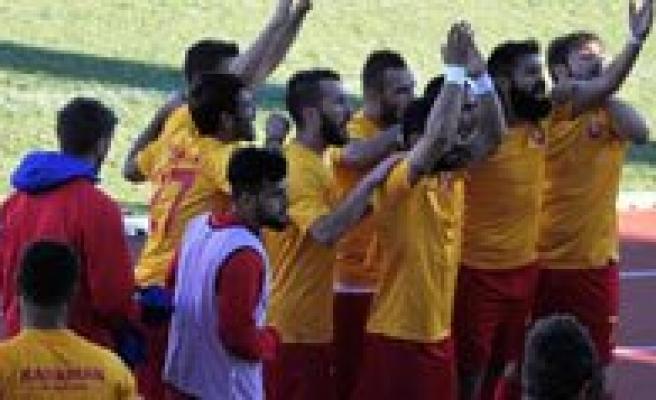 Belediyespor, Ceyhanspor'u 2-1 Maglup Etti
