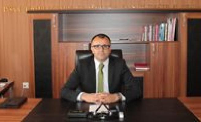 """Asim Sultanoglu: """"Ögrencilerimizin Basarili Olacagina Inaniyoruz"""""""