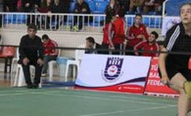 Balkan Badminton Sampiyonasi Milli Takim Seçmeleri Karaman'da Yapilacak