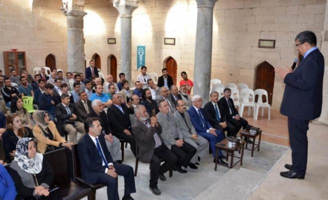 Vali Murat Koca, İrfan Mektebi Söyleşilerine Katıldı