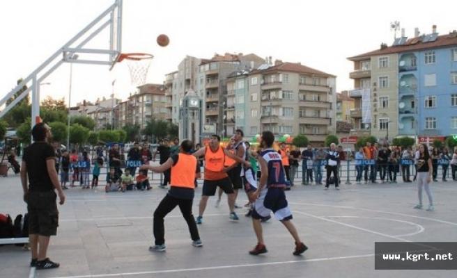 Aktekke Meydanı'nda 3x3 Basketbol Heyecanı Yaşanacak