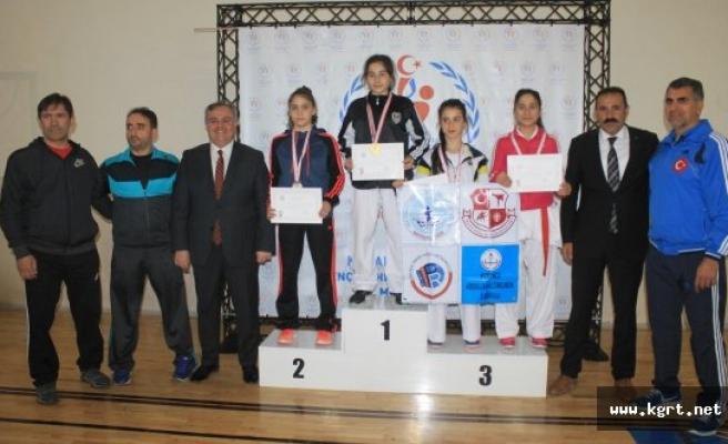 Karate'de Şampiyonlar Belli Oldu