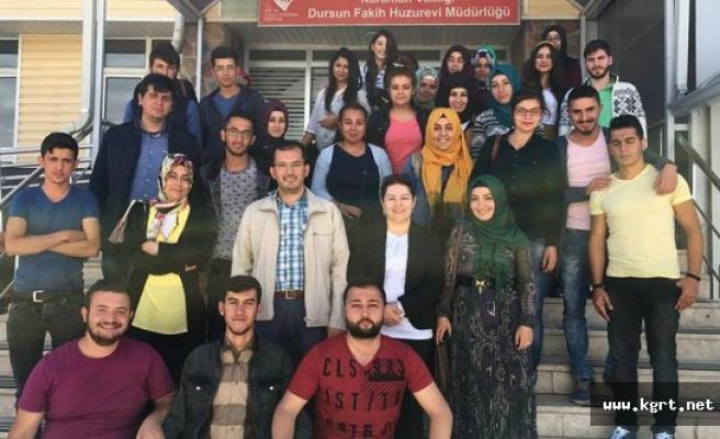 KMÜ Öğrencileri Huzurevini Ziyaret Etti