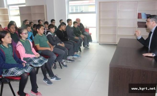 Öğrenciler, Karaman Gençlik Merkezi'ni Ziyaret Etti