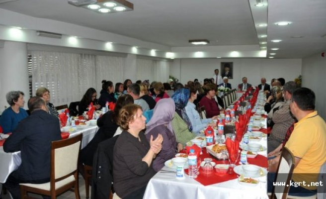 Vali Koca, Balkan Türkleri İle Bir Araya Geldi