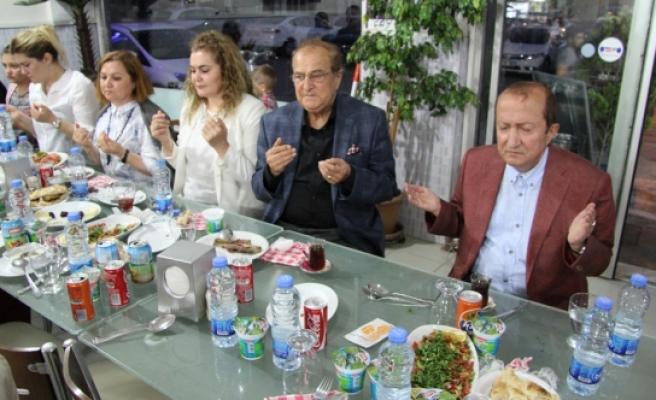 Bifa'dan Çalışanlarına İftar Yemeği