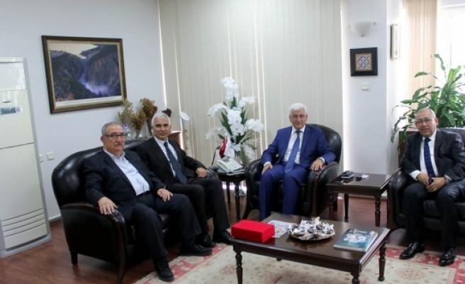 İKEV Üyelerinden Vali Murat Koca' Ya Teşekkür Ziyareti