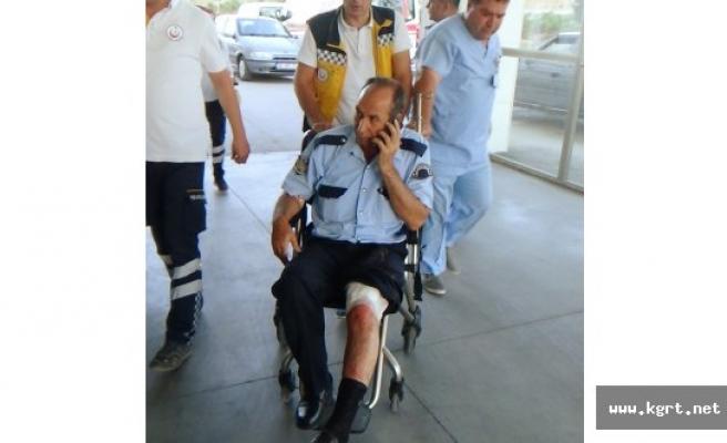 Bıçaklı Saldırgan Polisi Yaraladı