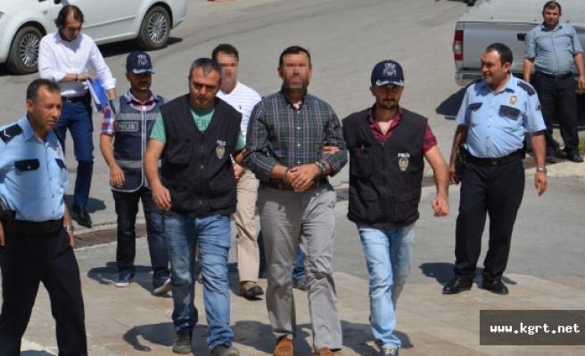 Darbecilerin Sıkıyönetim Komutanı Kurmay Albay İle Yüzbaşı Tutuklandı