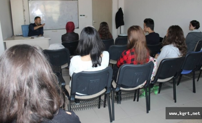 Karaman'da Gösteri Salonları Tiyatro İle Şenlenecek