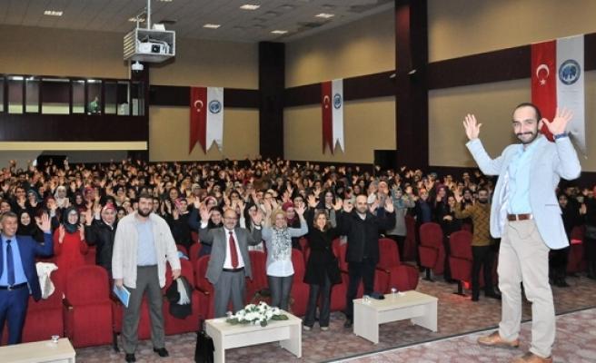 KMÜ'de Beden Dili Ve İşaret Dili Semineri Düzenlendi