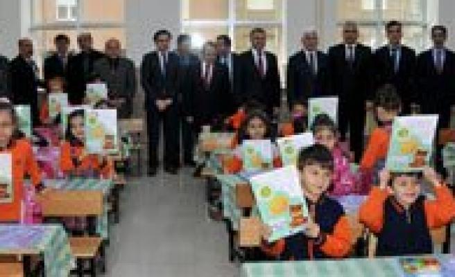 Karaman'da 49 Bin Ögrenci Yariyil Tatiline Girdi