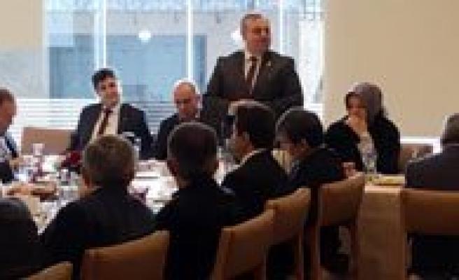 Milletvekili Seker, Karamanli Siyasetçi Ve Bürokratlarla Bulustu