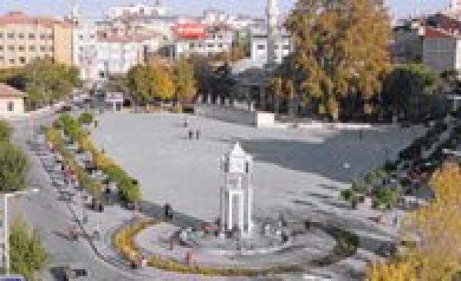 Her 100 Karamanli'dan 14'ü Konya'da Yasiyor