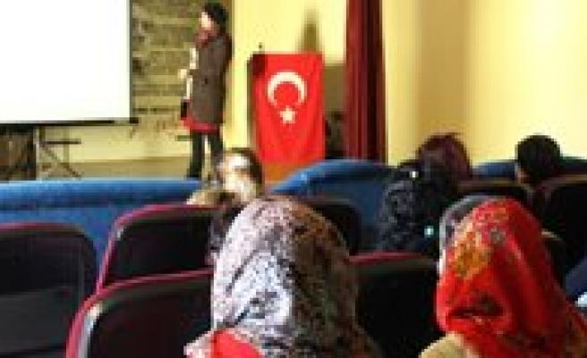 Kadin Meclisinin Egitimleri Yogun Istek Üzerine Devam Ediyor