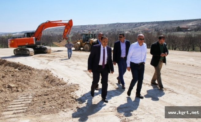 Mut Yolu Köprülü Kavşağı'nda Çalışmalar Tüm Hızıyla Sürüyor