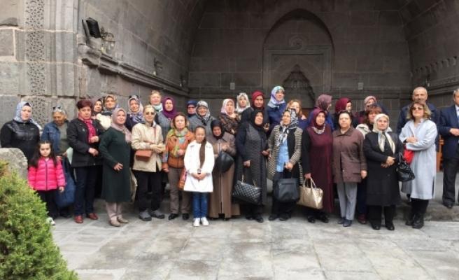 Karaman Kent Konseyi Kadın Meclisi'nin Kültür Gezisi