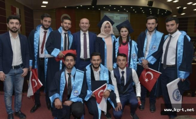 KMÜ Teknik Bilimler Meslek Yüksekokulunda Mezuniyet Kutlaması