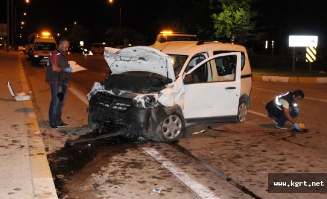 Karaman'da Trafik Kazası: 1 Ölü, 9 Yaralı
