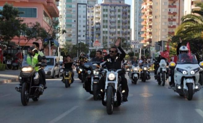 Motosiklet Kullanıcıları Farkındalık Korteji Yapacak
