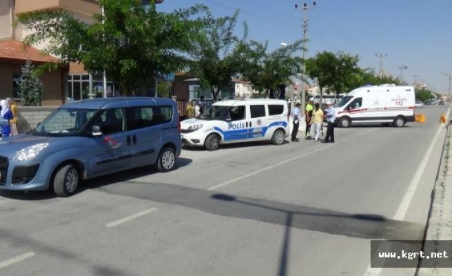 İşçi Midibüsünün Çarptığı Polis Memuru Yaralandı