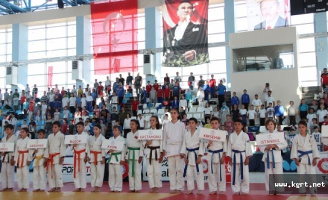 Minikler Türkiye Judo Şampiyonası, Karaman'da Başladı