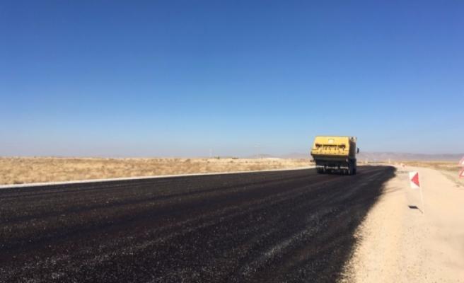 Köy Yolları Artık Daha Yüksek Standartlı Hale Getirildi