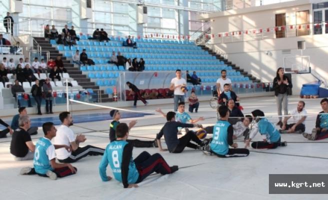 Bedensel Engelli Sporcular Gösteri Maçı Yaptı