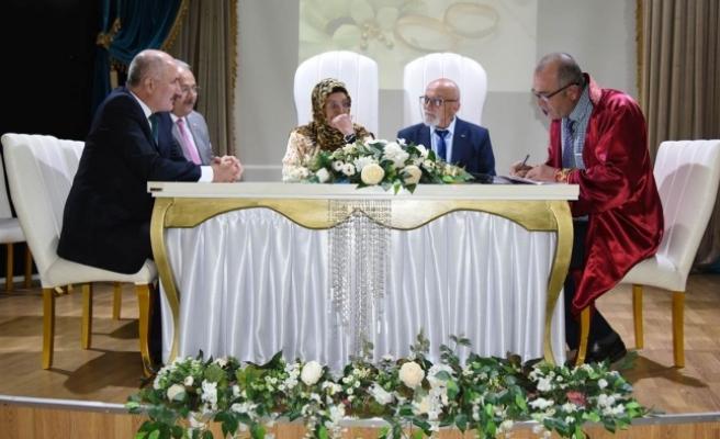 Vali Meral Huzurevi Sakinlerinin Nikahına Şahitlik Etti